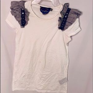 Forever 21 T-shirt ruffled Embellished arms
